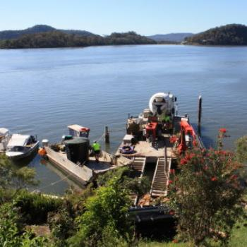 1801 pumping concrete, Hawkesbury River Oct'10, Kate/Sydney
