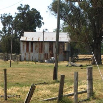 Old barn, Australind, W.A. - Wendy/Perth
