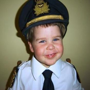 World's youngest airline pilot