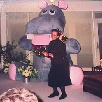 Illinois Christmas 7' Hippo Tree 1997