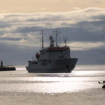 Passenger boat returning to Ushuaia from Antarctica (Robin/Kalgoorlie)