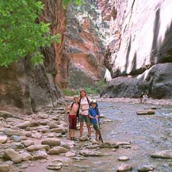 Utah, 6 National Parks in 2 weeks, Zion narrows