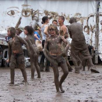 Woodford Folk festival/ mudbath - let's get down and boogie!!