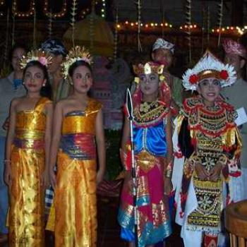 Balinese children dancers