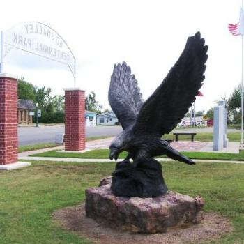 Eagle statue Ed Smalley park, Stroud OK on Route 66 Sue/OK