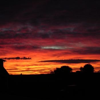 Sunrise over Carstairs - Sep. 2010