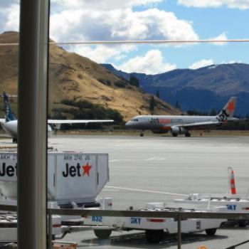 4835 Queenstown Airport, Sth Is, NZ, 22nd March'10, Kate/Sydney