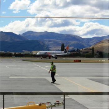 4834 Queenstown Airport, Sth Is, NZ, 22nd March'10, Kate/Sydney