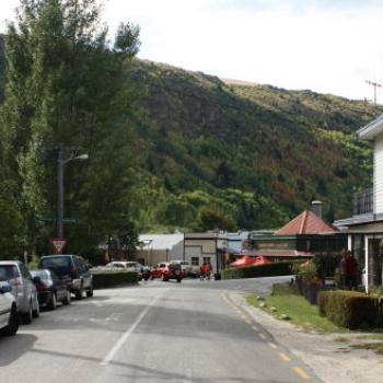 4665 view to the Bakery & the main street, Arrowtown, Arrowtown near Queenstown, Sth Is NZ, 21st Mar'10, Kate/Sydney