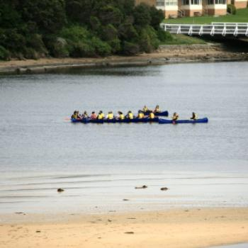 7197 canoeists, Bluehole reserve, Warnambool, GORd, Vic, 28th Oct'09, Kate/Sydney